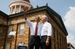 Obama Launches DNC Campaign Tour At Illinois State Capitol